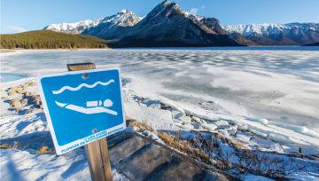 Nurkowanie w piance w zimnej wodzie