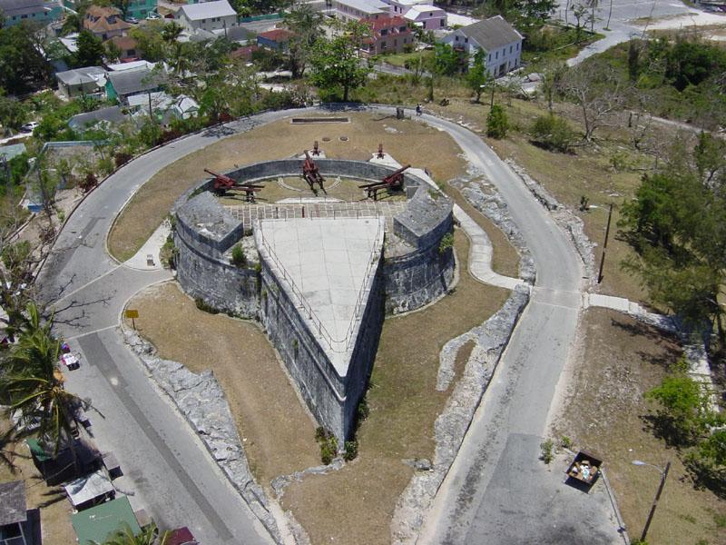 Zwiedzanie Nassau 7szkoła nurkowania kraków