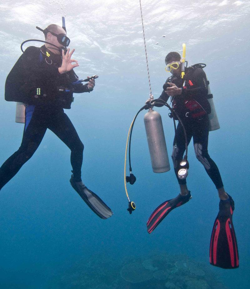 Czy nurkowanie jest bezpieczne? Rozwiewamy wątpliwości! 2szkoła nurkowania kraków