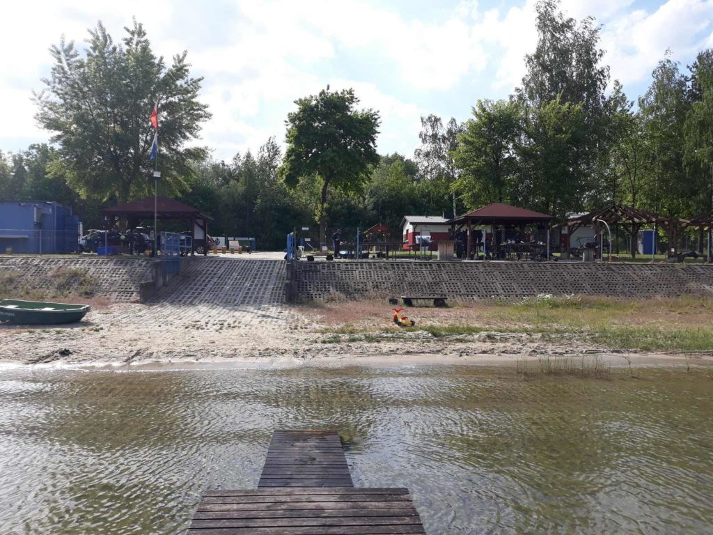 Jezioro Tarnobrzeskie - Baza Nurkowa Machów 9szkoła nurkowania kraków